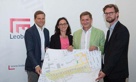 Bauunternehmer Bernd Kohlbacher, Architektin Andrea Röthl, Bürgermeister Kurt Wallner, Stadtbaudirektor Heimo Berghold