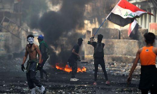 TOPSHOT-IRAQ-POLITICS-DEMO-UNREST