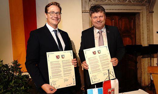 Bürgermeister Vladimir Prebilic und Gerhard Pirih