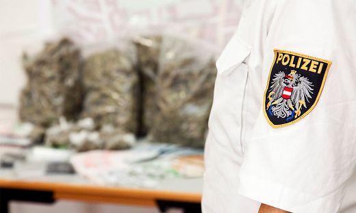 Drogendealer aus den Niederlanden wurde in Kärnten verurteilt: Die Polizei fand bei einer Hausdurchsuchung beim Mann Cannabis und Kokain (Symbolfoto)