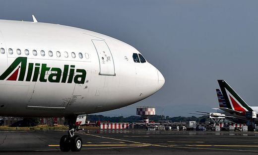 FILES-ITALY-AVIATION-ALITALIA