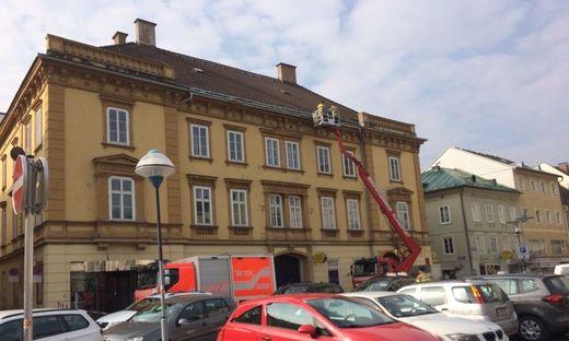 """Die Feuerwehr musste zum """"Geisterhaus"""" ausrücken"""