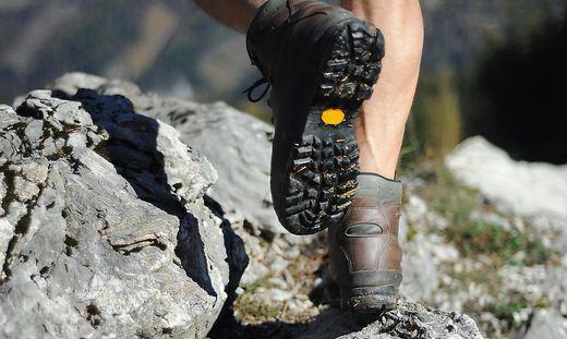 Tödlicher Alpinunfall: 79-Jährige stürzte über Felswand und starb