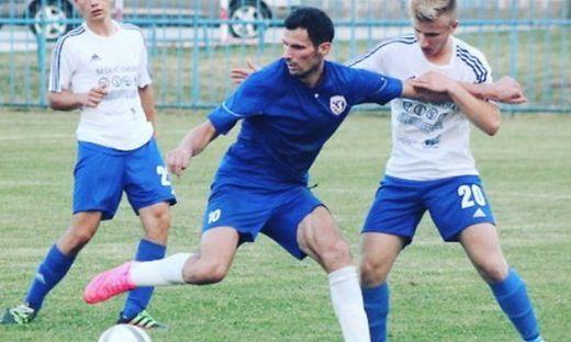 Fußball-Spieler (25) bricht während Spiel zusammen und stirbt
