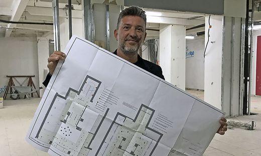 Salvatore Moretti auf der Baustelle in der Schmiedgasse