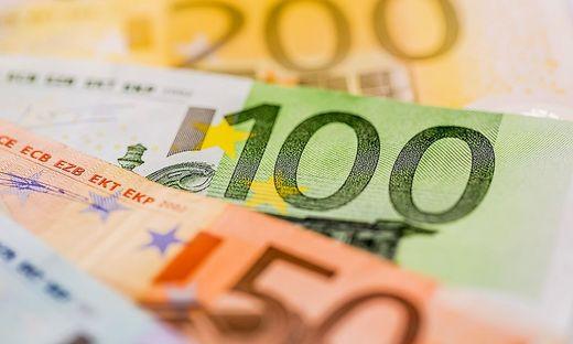 Stundenlohn für deutsche Spitzenmanager: 800 Euro