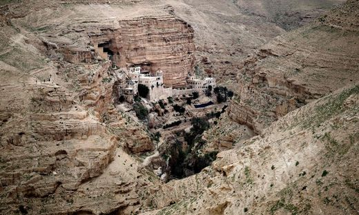 PALESTINIAN-ISRAEL-RELIGION-CHRISTIAN