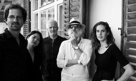 Das radio string quartett gibt den musikalischen Auftakt beim dretägigen TONsPUR-Festival