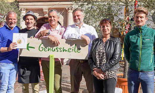 Micheler, Igor Ogris, Stadtrat Max Habenicht, Kulterer, Lucia Kernle (Team Kärnten) und Organisator Christopher Enzi vom TVB Klagenfurt (von links)