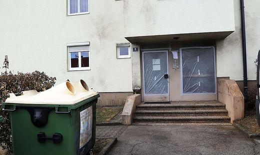 Vor dieser Haustür ließ der Hauptverdächtige von einem Komplizen den Sprengkörper deponieren. Der heimtückische Anschlag galt seiner Ex-Frau