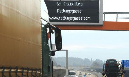 Rettungsgasse Strafe österreich