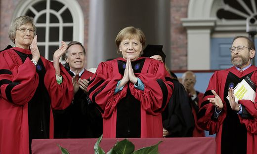 In Harvard gefeiert: Merkel mit Drew Faust, Alan Garber, Huda Zoghbi, James Earl Jones, Mark Zuckerberg