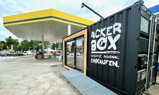 Eine der neuen Ackerboxen steht auf dem Gelände der A1-Tankstelle in der St. Veiter Straße.