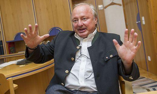 Will Sitzung in aufgeheizter Stimmung nicht durchziehen: Bürgermeister Scherbinek