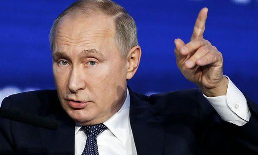 RUSSIA-POLITICS-BUSINESS