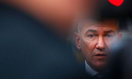 Der slowenische Premier Janez Janša kann - wie erwartet - weiterregieren