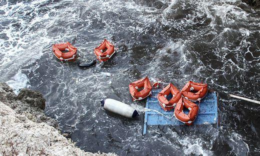 Überreste des Unglücks vor Lampedusa