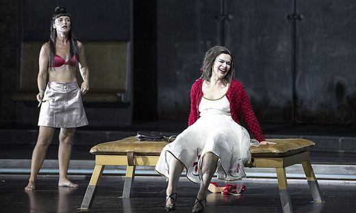 Vida Miknevičiūtė als Chrysothemis und Ausrine Stundyte als Elektra