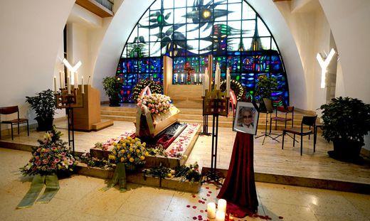 Lotte Tobisch starb am 19. Oktober im Alter von 93 Jahren, am 8. November fand die Trauerfeier statt