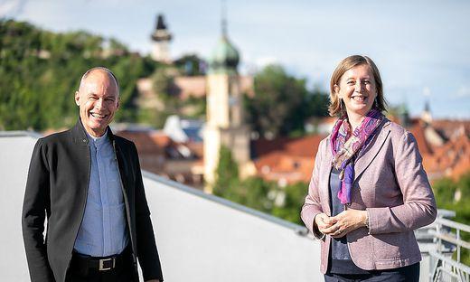 Wirtschaftslandesrätin Barbara Eibinger-Miedl und Betrand Piccard