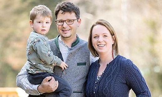 Angelika und Erhard Pretterhofer mit Sohn Theo