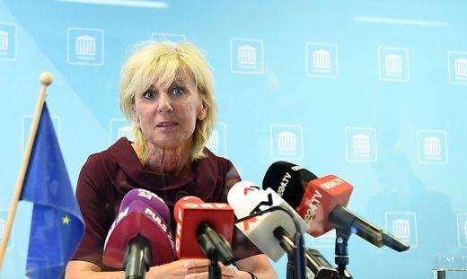 Nicht die offene Konfrontation macht Politikerinnen wie Gaby Schwarz (stellvertretende Klubchefin der ÖVP im Nationalrat) zu schaffen, sondern die Schläge unter der Gürtellinie abseits der Öffentlichkeit