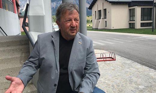 Arnoldsteins Bürgermeister Erich Kessler ist nach der Bombendrohung besorgt