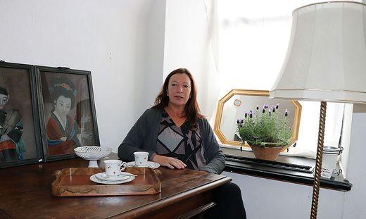 Neueröffnung In Feldkirchen Hier Werden Zu Kaffee Antike Möbel