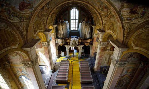Seit Juni wird das Kircheninnere renoviert