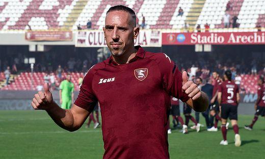 Franck Ribery Signs With Salernitana Franck Ribery gestures during his presentation as the new signing for US Salernita
