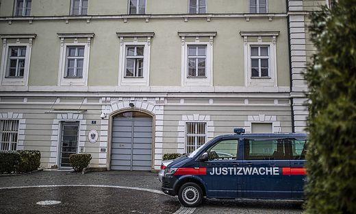 Die beiden mutmaßlichen Kinderschänder sitzen in der Justizanstalt Klagenfurt