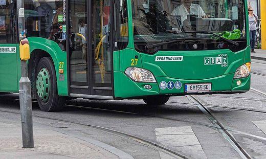 Vorübergehend sprangen Ersatzbusse ein