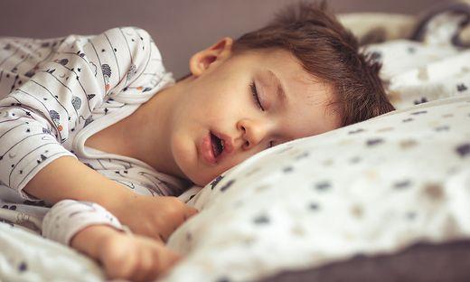 Schlafhygiene kann schon den Jüngsten helfen durchzuschlafen.