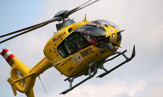 Der C11 brachte den Schwerverletzten ins Klinikum Klagenfurt