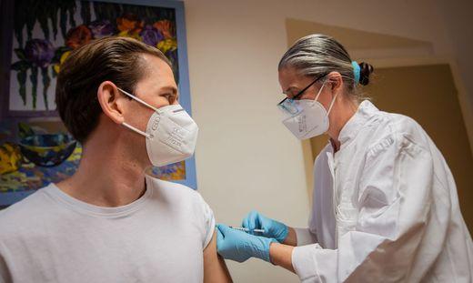 Sebastian Kurz bei der Corona-Impfung