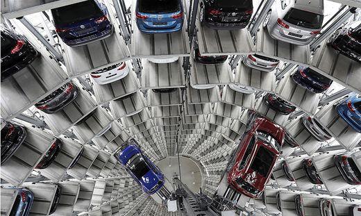 Gab es Absprachen zwischen den deutschen Autobauern