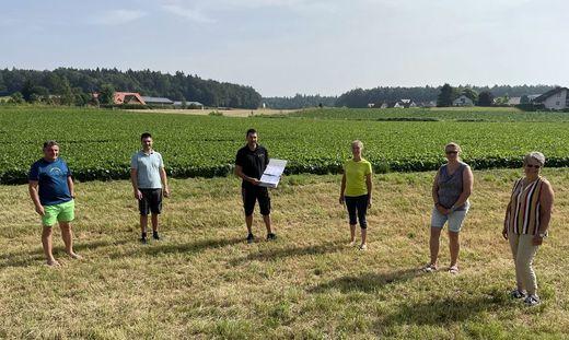 Unterstützer der Petition gegen die geplante Photovoltaikanlage in Leitersdorf