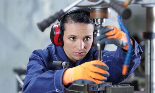 Industriebetriebe griffen flächendeckend auf Kurzarbeit zurück