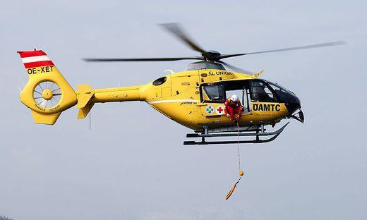 Der Rettungshubschrauber C11 flog das verletzte Mädchen ins Klinikum