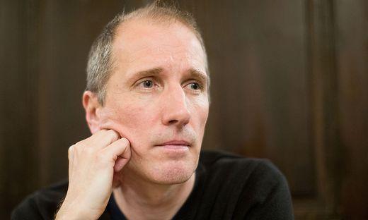 Der Schriftsteller und Musiker Hans Platzgumer