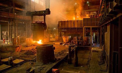 Stahlpfannen der Breitenfeld Edelstahl AG werden mit Erdgas aufgeheizt. Durch die Zugabe von reinen Sauerstoff kann Energie gespart werden