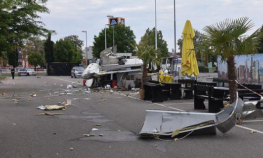 Bei der Explosion eines Foodtrucks in Wien-Floridsdorf wurde zum Glück niemand verletzt