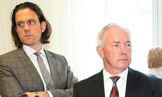 Gerhard Dörfler (rechts) und sein Anwalt Gunter Huainigg beim BZÖ-Prozess