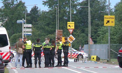 Ein Toter: Transporter fährt bei Festival in Menschen-Gruppe