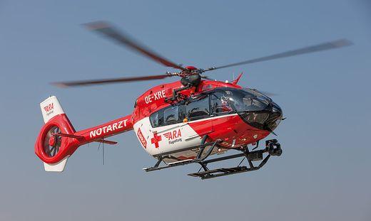 RK1 flog den verletzten Radfahrer ins LKH Villach (Symbolbild)