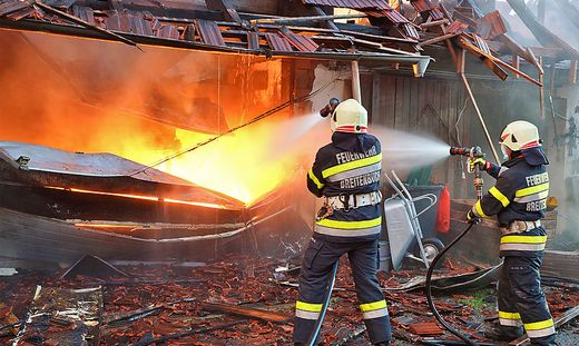 15 Feuerwehren waren vor Ort