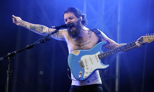 FREQUENCY 2014: BIFFY CLYRO