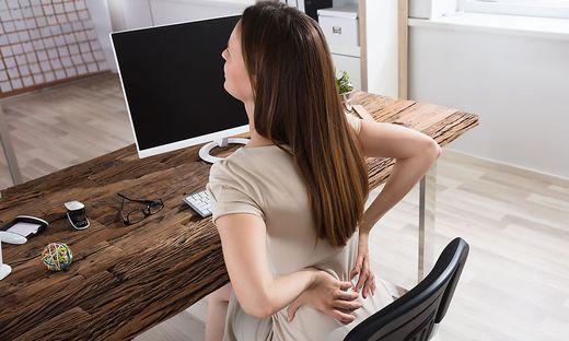 Experten raten dringlich, Rückenschmerzen ernst zu nehmen.