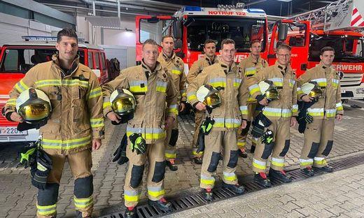 Die acht neuen Feuerwehrmitglieder sind bald einsatzbereit.