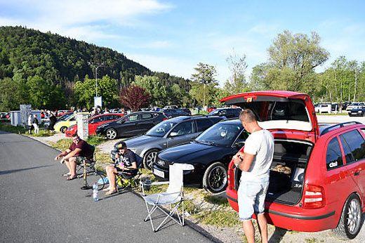 Kärntens Gemeinden setzen bereits präventiv Maßnahmen, um ein Ausufern der beliebten Vor- und Nachtreffen von GTI-Fans zu verhindern